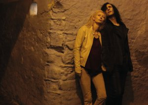 in_only_lovers_left_alive_001