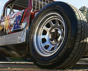 GUEST WRITER GREG PARSLOE explains the addiction of stockcar racing