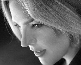DIANA KRALL INTERVIEWED (2000): Blonde ambition