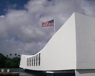 Pearl Harbor, Hawaii: Sunday morning, coming down