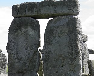 Stonehenge, England: Everybody must get stoned