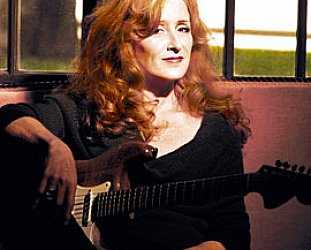 BONNIE RAITT INTERVIEWED (2013): To everything, there is a season