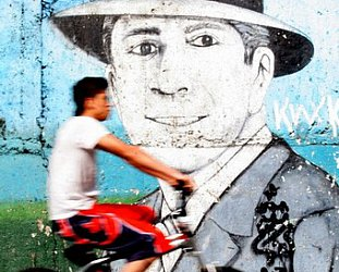 CARLOS GARDEL: The voice of Argentina