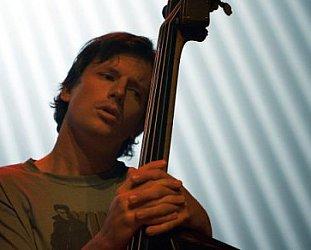 MATT PENMAN INTERVIEWED (2002): Finding a new home bass