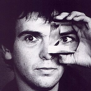 PETER GABRIEL, THE SOLO FLIGHT IN THE SEVENTIES: Not one of us