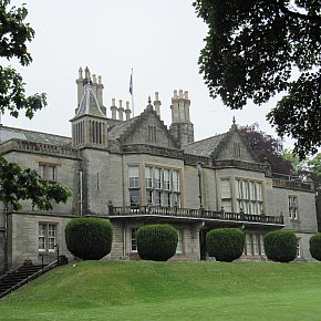 Edinburgh, Scotland: Lauriston Castle and New Orleans