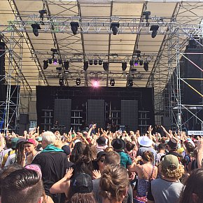 THE AUCKLAND LANEWAY FESTIVAL (2016): Shall we talk about the weather . . .