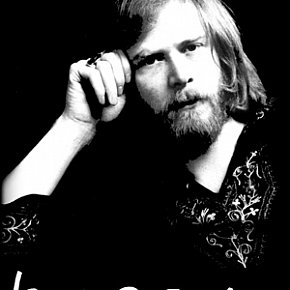 LONG JOHN BALDRY INTERVIEWED (2002): What becomes a legend most.