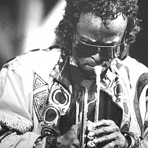 MILES DAVIS IN CONCERT 1988 REVIEWED: The Prince claims the crown