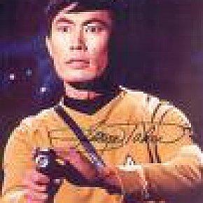 SPEAKING WITH SULU: STAR TREK'S GEORGE TAKEI INTERVIEWED (2004)