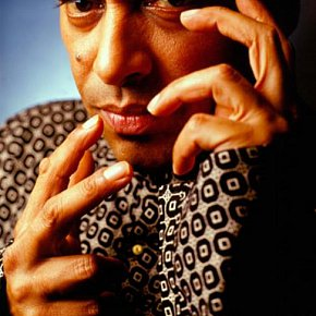 TRILOK GURTU INTERVIEWED (2000): Tabla time