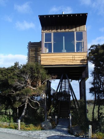 Tree house at Hapuku Lodge, Kaikoura, New Zealand. Luxury room with a view