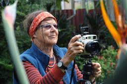 GUEST WRITER AND PHOTOGRAPHER JONATHAN GANLEY speaks with documentarian photographer Gil Hanly