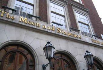London, England: Pub preconceptions