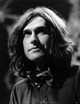 RAY DAVIES, SONGS ON SALE (2016): Kinda Kinks but kinda not