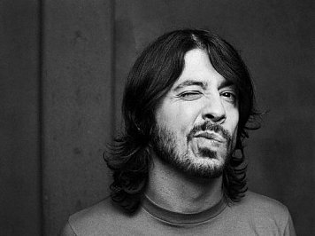 DAVE GROHL CONSIDERED (2014): Good, better . . . best
