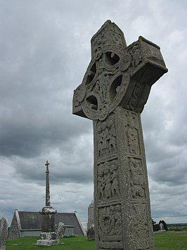 Ireland: Ancient stones and pathways
