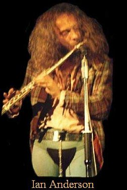 Jethro Tull, Al Stewart: Hanging on the telephone.