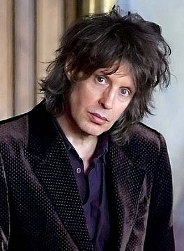 MIKE SCOTT OF THE WATERBOYS INTERVIEWED (2014): The nearest thing to hip . . .