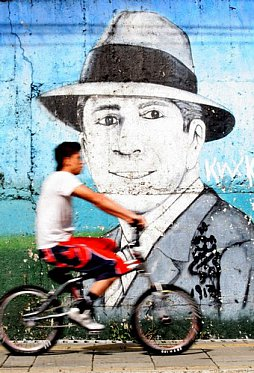 CARLOS GARDEL: The voice of Argentina