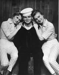 The Fleetwoods: Runaround (1960)