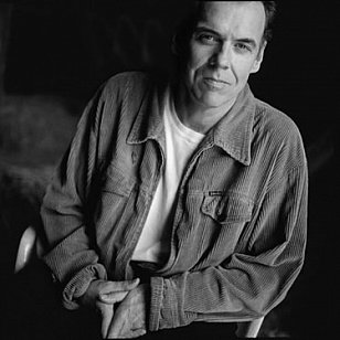 JOHN HIATT INTERVIEWED (1991): Through a glass, darkly