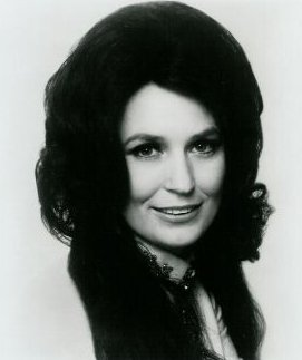 LORETTA LYNN PROFILED: Of queen and country