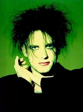 ROBERT SMITH OF THE CURE INTERVIEWED (2001): Hits and the one that missed out